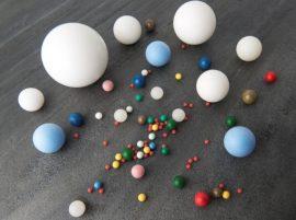 Műanyag golyók